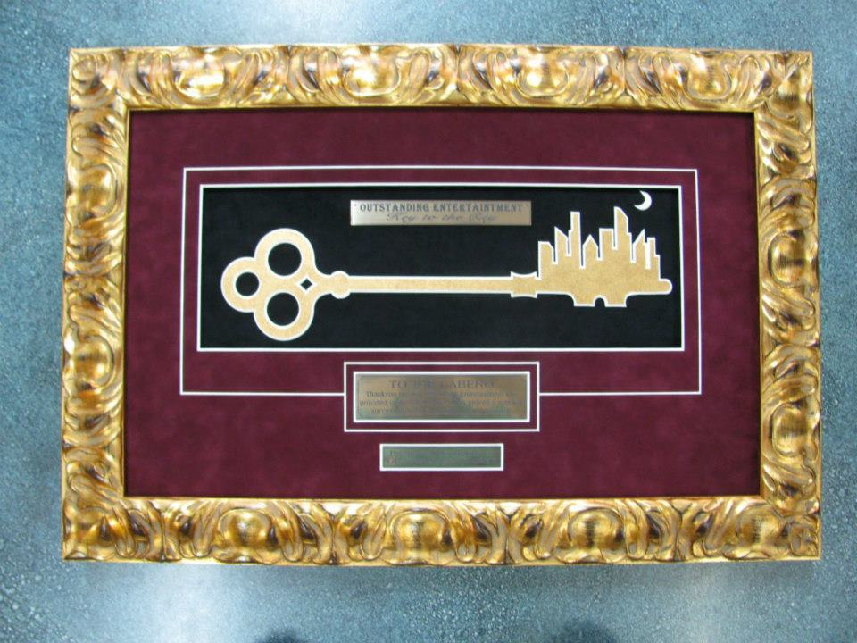 entertainment key city gold matboard
