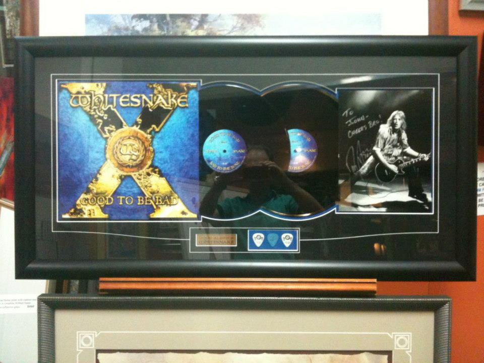 whitesnake vinyls and photo commemoration